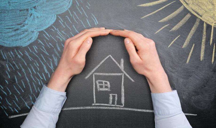 Reducing property storm damage